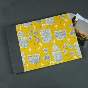 Anthrazit gelb grafisch gemustertes Hochzeitsfotoalbum
