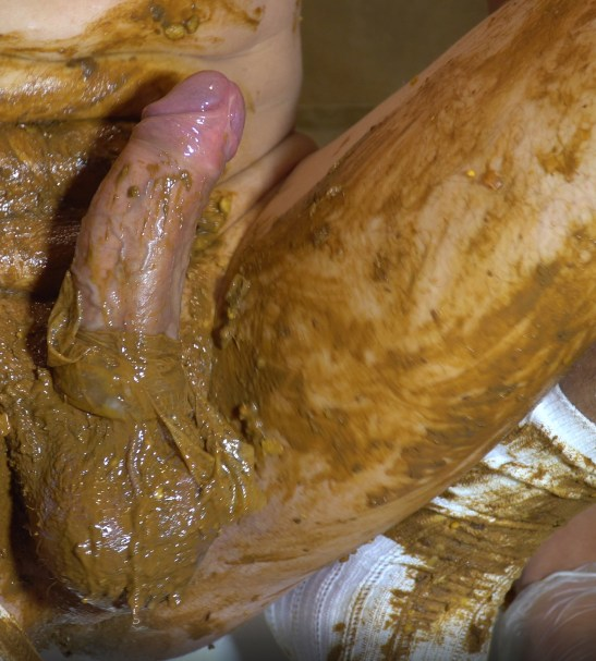 HUGOSCATBOY – WHITE SOCKS, PRE FILLED CONDOMS, VERY MESSY SHIT 2019_10_14_8