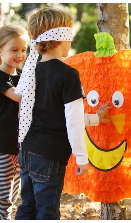 Halloween Games for Kids (pin the face on the pumpkin)