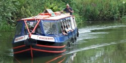startford avon scattering ashes boat