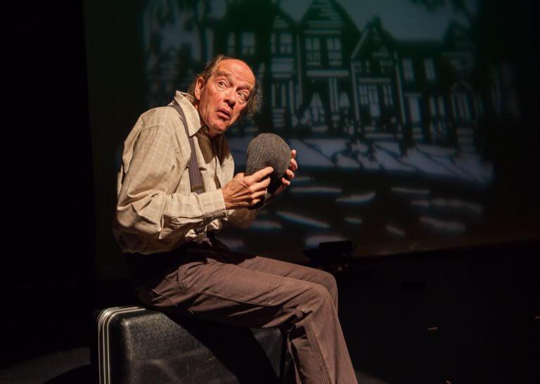 'De honderdjarige man die uit het raam klom en verdween' –  Eric Borrias (verhalenverteller)