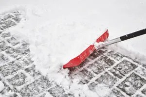 Tips for Shoveling Snow