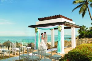 Playa Resorts, Destination Wedding 2021, Destination Wedding Travel Agent