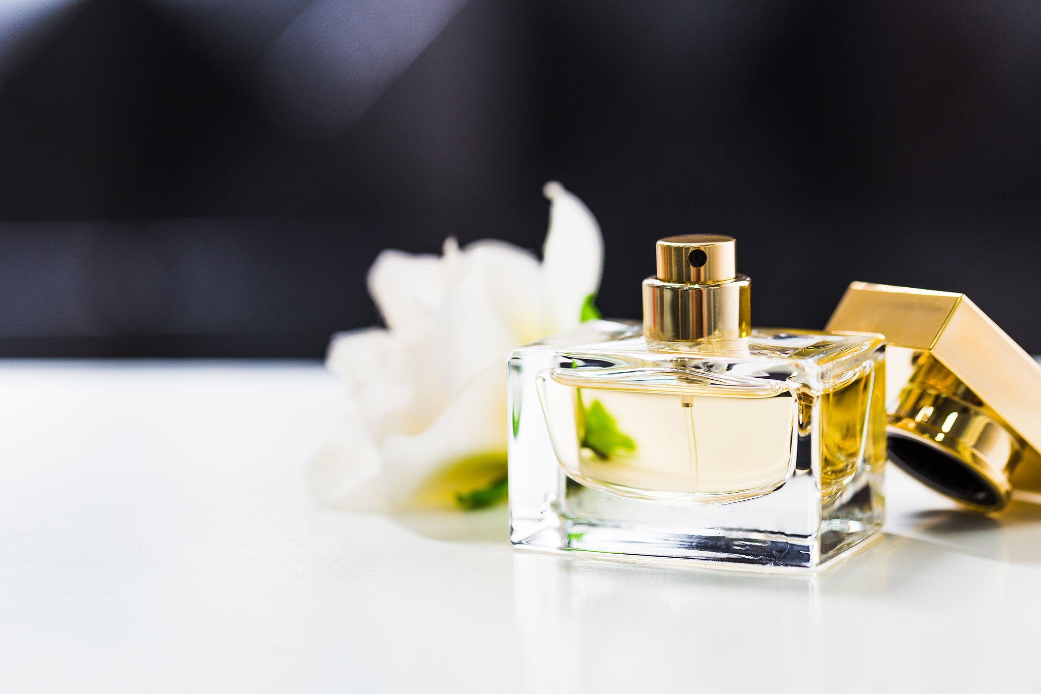 TOP PERFUME TRENDS FOR 2017: PREDICTIONS