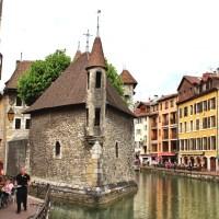 【フランス】四季でみるアルプスの宝石と称される人気観光地アヌシー