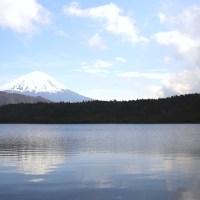 【山梨・静岡】富士五湖からのぞむ世界遺産富士山と美しい白糸の滝