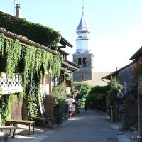 【フランス】花が溢れた可愛い村イヴォワールは散策が楽しい