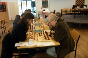 Überraschungsmannschaft Treptow gegen Zehlendorf. Letztere Mannschaft wird von Werner Reichenbach angeführt.