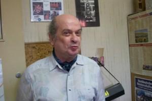 ...fabrizierte Stefan Bauer eine Glanzpartie und verbuchte damit seinen ersten Punkt!