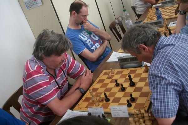 Die hübscheste Begegnung fand in der 2.Runde statt: von Hübschmann gegen Hübscher, die am Ende mit einem Remis endete.