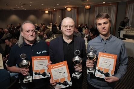 Siegerehrung: Karsten Schulz (3. Platz), Sergej Kalinitschew, Rasmus Svane (v.l.n.r.) (Foto: Jan-Henrik Plackmeyer)