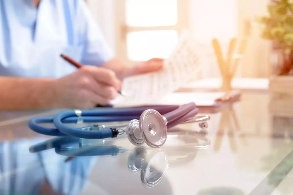 Why Doctors Should Seek Legal Advice on Their Employment Contracts | Schaefer Halleen, LLC