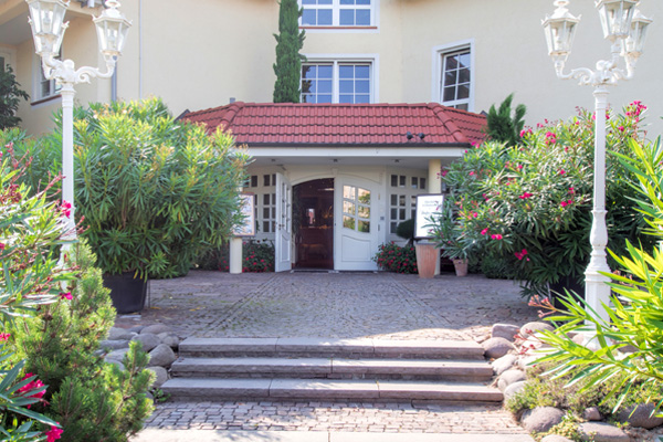 The Buildingis Surrounded By Park Style Gardens With A Stream, Pond And  Patio Area. The Nearby Ginsheimer Altrhein River Is Just 500 M Away U2013 Ideal  For ...