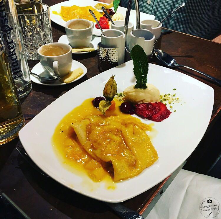 La Bohème Schwabing Crêpe Suzette Dessert