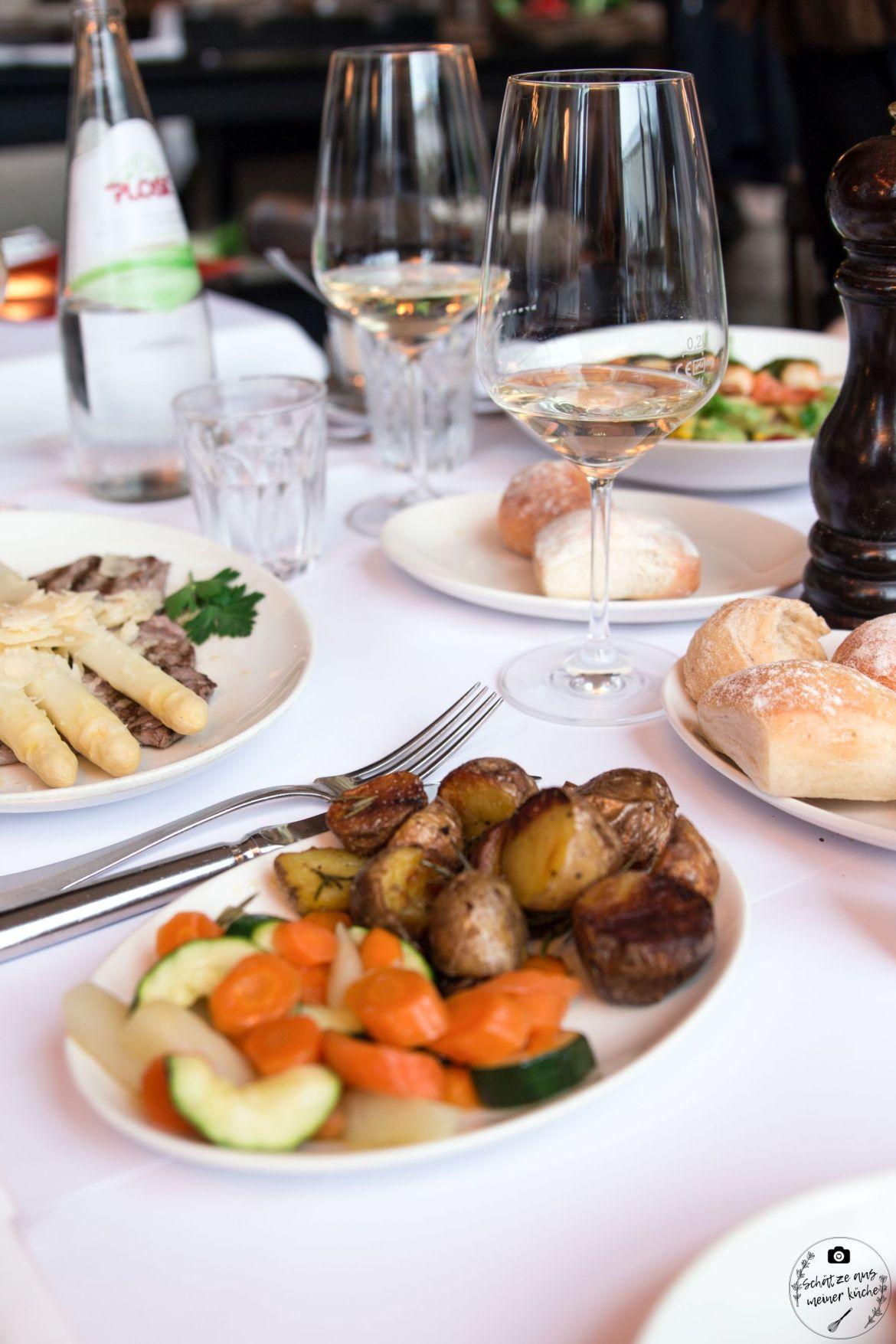 Piemonteser Rind Spargel Brenner Restaurant Grill Beilagen Rosmarinkartoffeln