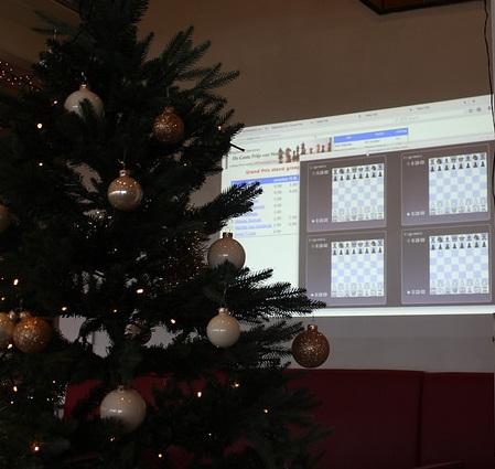 Kerstboom en live partijen