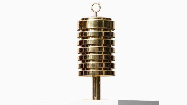 Hans-Agne Jakobsson B-99 table lamp in brass at Studio Schalling