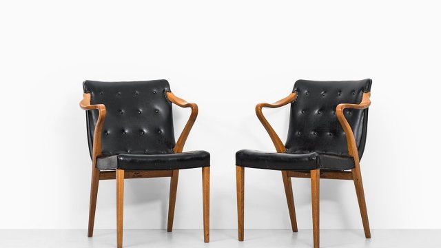 Axel Larsson armchairs model 1522 at Studio Schalling