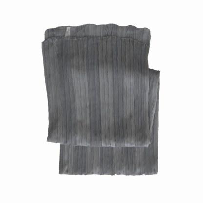 Polyester Schal in grau mit knitterlook