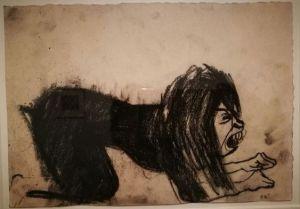 Una donna inginocchiata in preda a pulsioni emozionali profonde in un'illustrazione di Paula Rego.