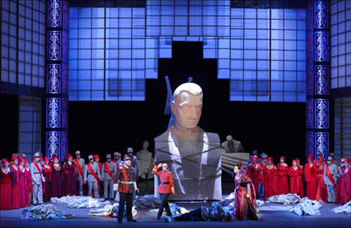 נשף המסכות - סצנה שנייה במערכה שלישית (צילום: יוסי צבקר)