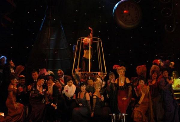 מופע בורלסקה - מערכה שנייה (צילום: אנט קאלאי-טוטי)