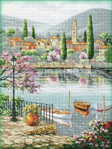 paesaggio su un lago italiano