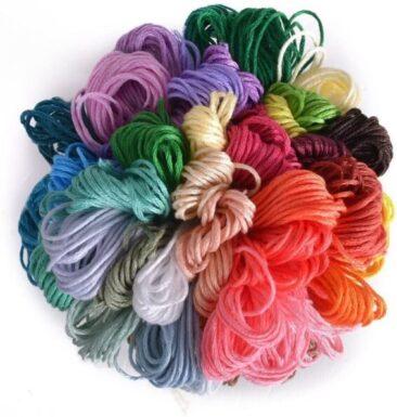 50 colori diversi, che coprono i colori più usati, offrono molte possibilità alla tua arte del ricamo di soddisfare le tue diverse esigenze.