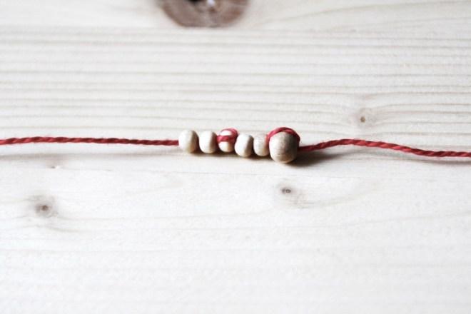 DIY Kette mit Quaste und Holzperlen