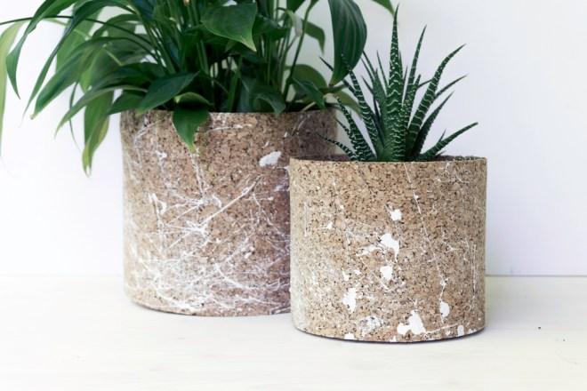 kork pflanztöpfe selber machen | schereleimpapier diy, Gartenarbeit ideen