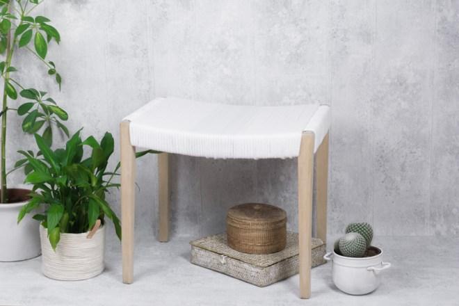 Upcycling Möbel So Lässt Sich Ein Hocker Aufarbeiten Schereleimpapier