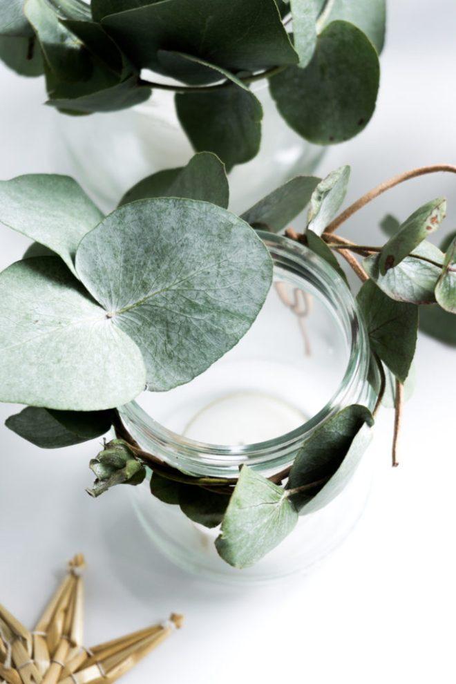 schereleimpapier DIY und Upcycling Blog aus Berlin - kreative Tutorials für Geschenke, Möbel und Deko zum Basteln - DIY Adventskranz Upcycling Idee mit Altglas