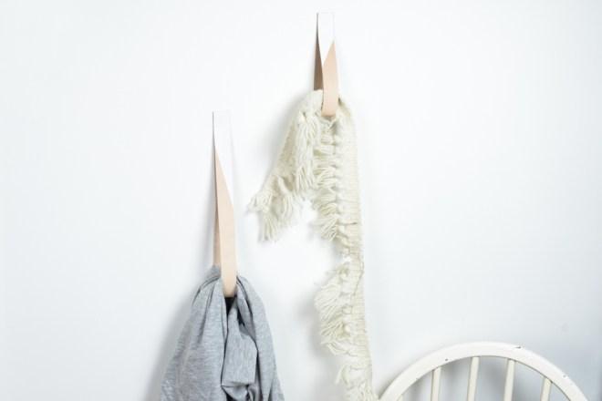 DIY Garderobe aus Leder selber machen - -schereleimpapier DIY und Upcycling Blog aus Berlin - kreative Tutorials für DIY Geschenke, DIY Möbel und DIY Deko zum Basteln