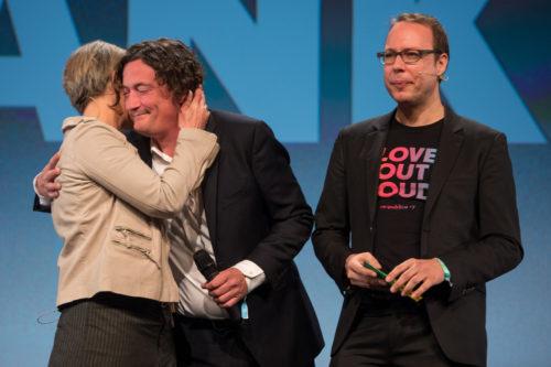 Tanja Haeusler (l-r), Andreas Gebhard und Markus Beckedahl eröffnen am 08.05.2017 die re:publica (#rp17) in Berlin. Foto: re:publica/Gregor Fischer