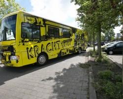KRACHTTOER-BUS NAAR SCHIEDAM