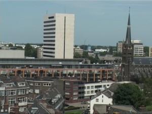 Een particulier initiatief voor een zomerschool in Schiedam is ook nog altijd in beeld. De organisatie heeft de gemeente benaderd met het verzoek hun plan financieel te ondersteunen, maar aan een belangrijke voorwaarde had deze organisatie niet voldaan; het betrekken van scholen. Ook met dit initiatief blijft de gemeente in gesprek.