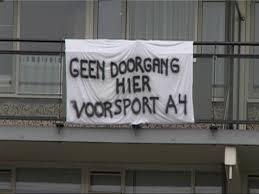 In Vlaardingen wil men niets weten van een ontsluitingsweg naar het sportpark. Hier werd voor verkeerschaos gevreesd.