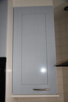 Keukenkast deurtjes spuiten