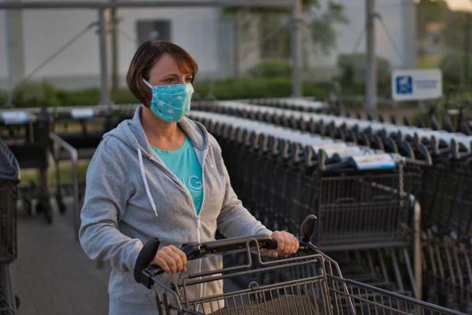 """Der Handel schießt gegen Corona-Beschlüsse – jedes elfte Unternehmen könnte insolvent werden – Kanzlerin kündigt """"schwierige Zeit"""" an"""