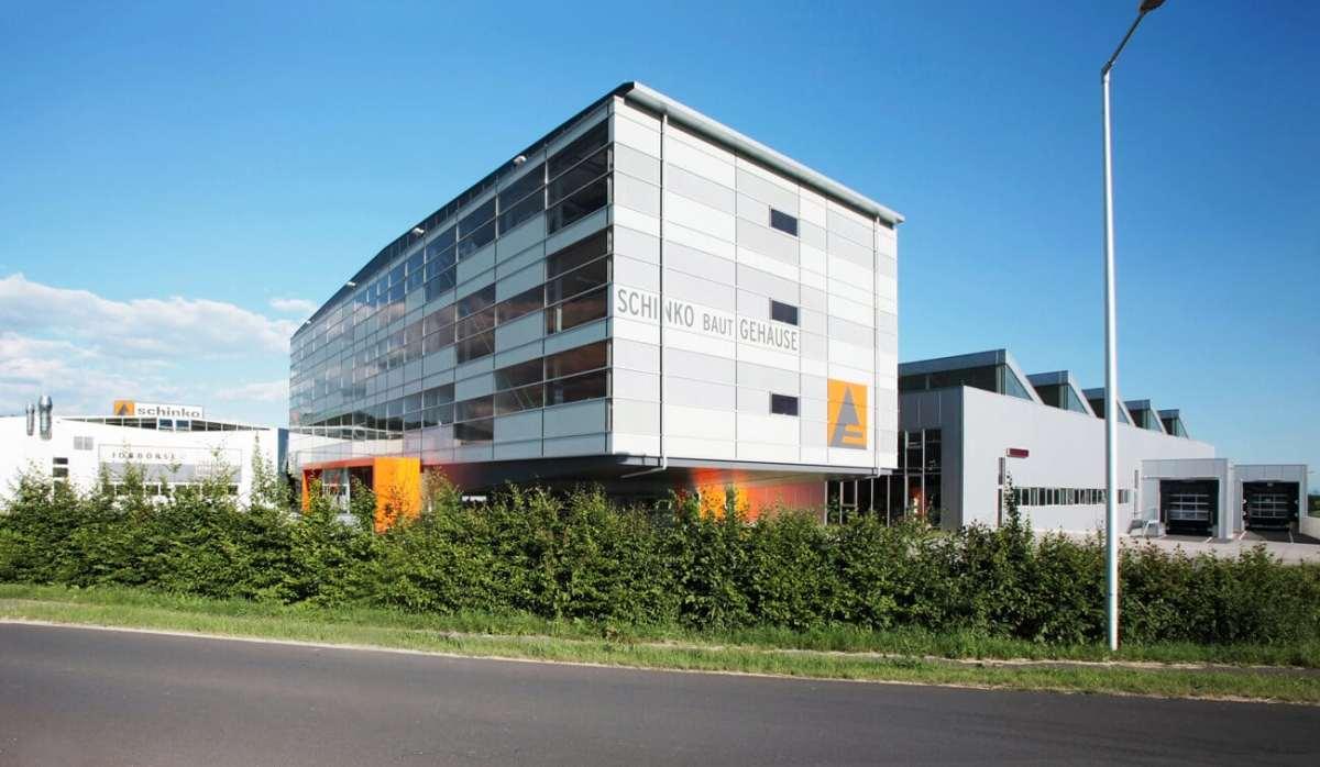 Schinko Firmensitz - Außenansicht der Schinko GmbH in Neumarkt i. M.