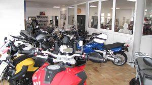Unsere Motorradservice-Werkstatt mit Ausstellungsraum 001