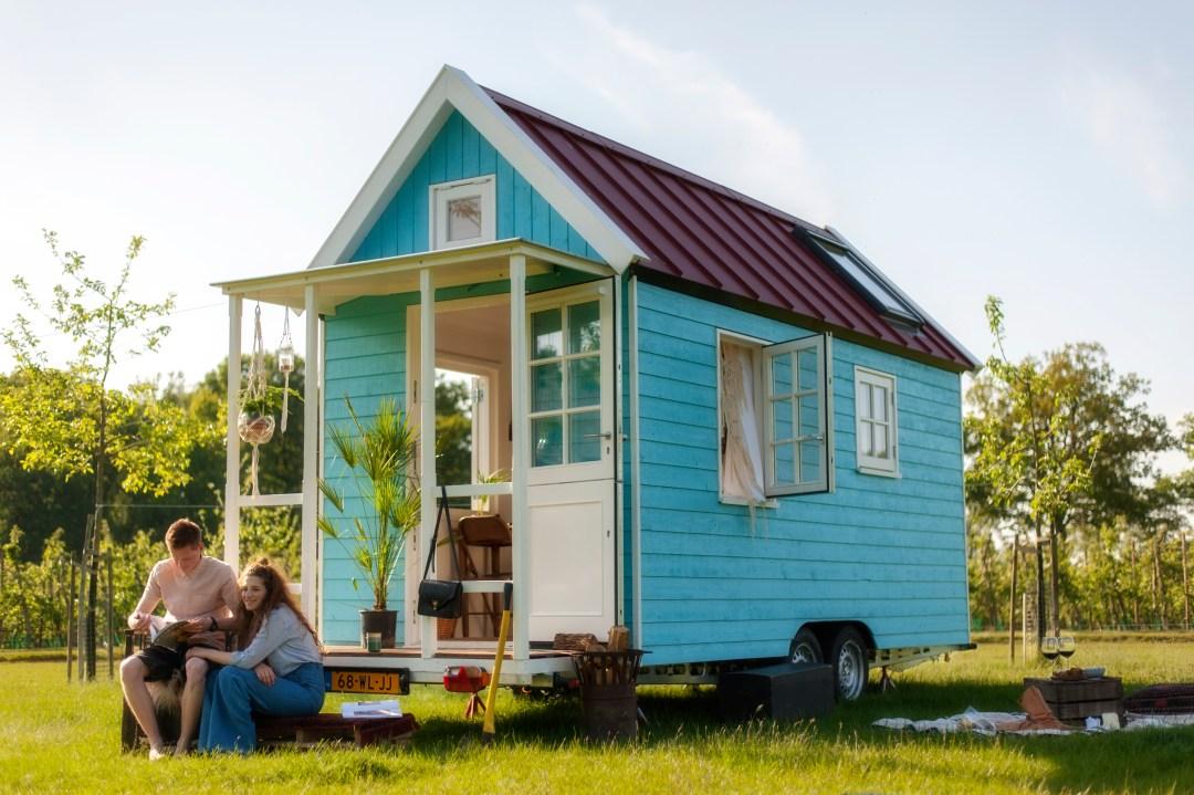 Wonen in een klein huisje, dat lijkt me wel wat!