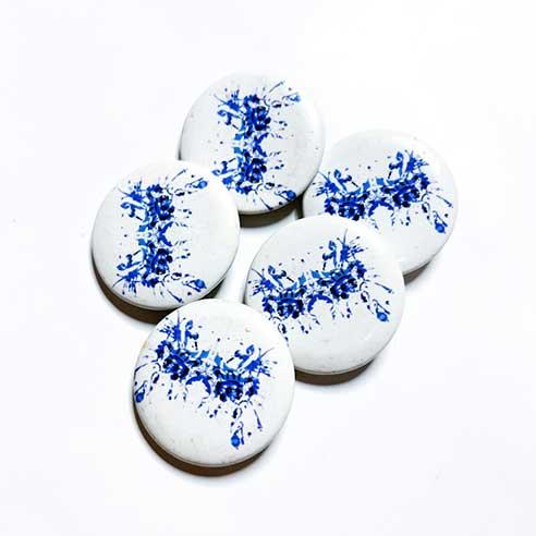 Blue rorschach test button