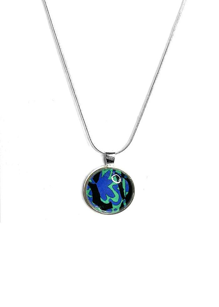 Silence necklace 1