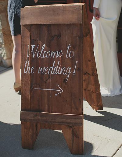 Spring Wedding Schlitz Audubon Sign