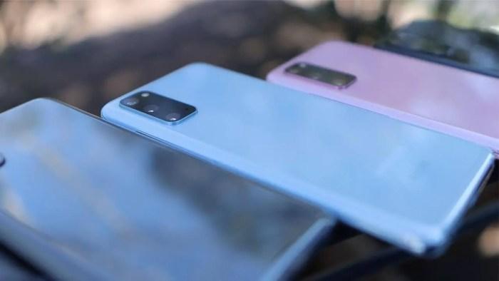Samsung Galaxy S20 Gray, Blue & Pink Daniel Romero