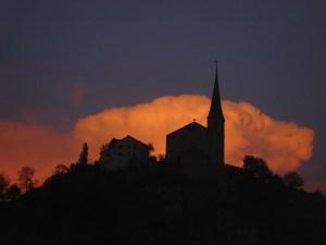 Siluette der Burgkirche