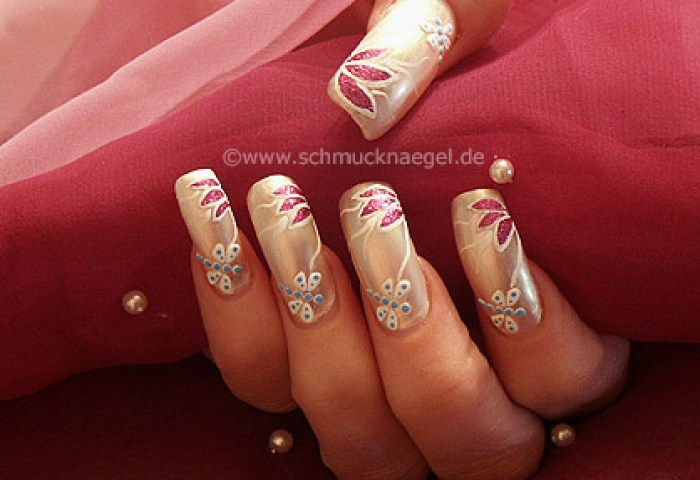 Motivo Libélula De Verano Diseños De Uñas