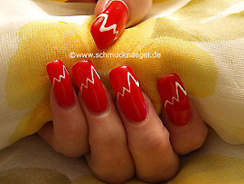 Nail Art Motif In Red With Colour Gel