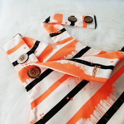 Latzhose orange splash